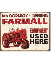 Plechová cedule Farmall - Equip Used Here 40 cm x 32 cm