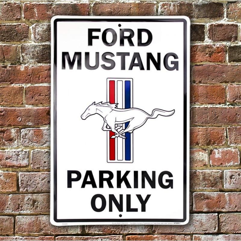 Plechová cedule Ford Mustang Parking 30cm x 45 cm w